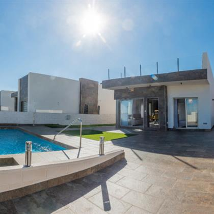Villa For sale Orihuela-Costa